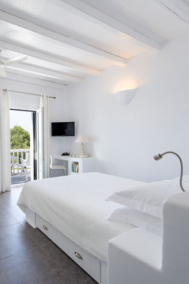 Nefeli Milos Hotel Studio Suites