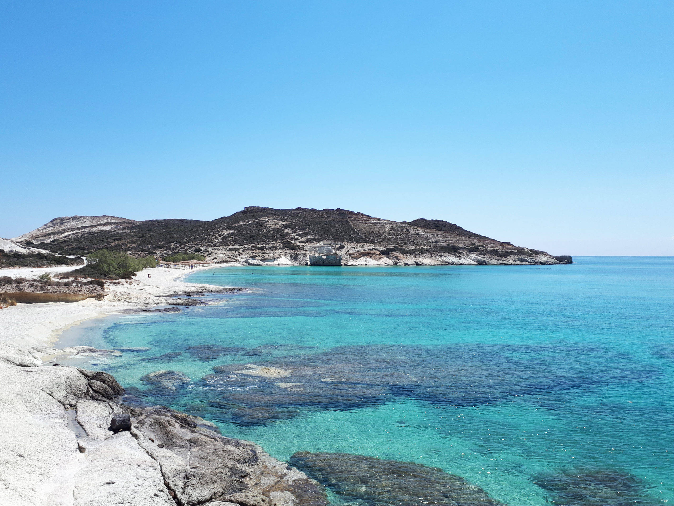 (English) A Beach With Sapphire Waters
